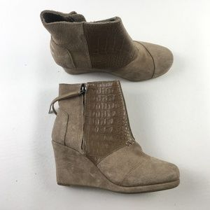 Toms Desert Taupe Wedges F9313819